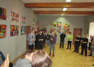 Wernisaż malarstwa uczestników WTZ w Zebrzydowicach